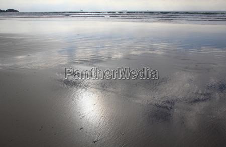 beach on the atlantic ocean at