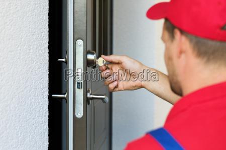 servizio di serratura della porta
