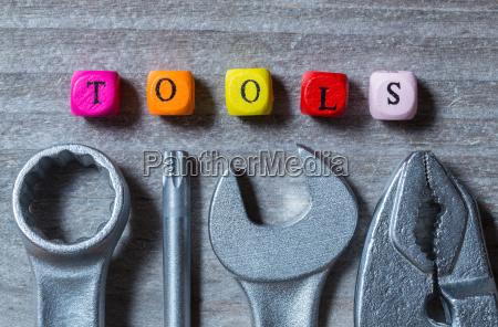 strumenti lettera cubi e strumenti sulla