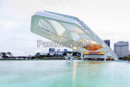 viaggio viaggiare architettonico citta colore orizzontale
