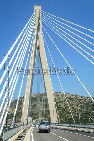 blu collina moderno traffico ponte luce