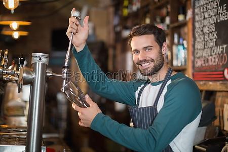 taverna bar bicchiere risata sorrisi bere