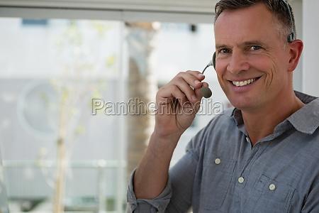 conversazione parlare parlato parlando chiacchierata ufficio