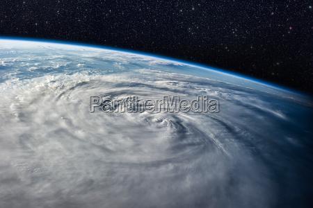 pericolo spazio scienza nuvola tempesta temporale