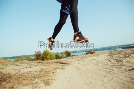 sport in esecuzione corridore uomo sprint