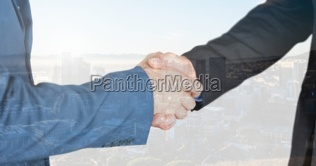 donna gesto mano mani stretta di