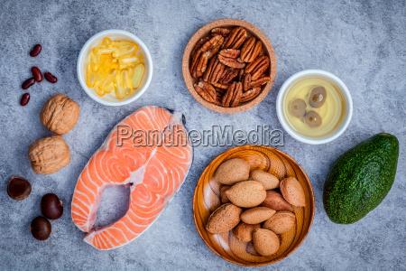 selezione di fonti alimentari di omega