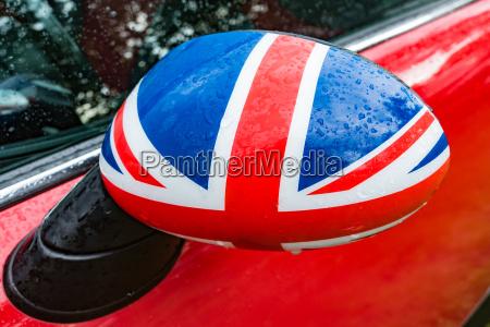 blu dettaglio goccia di pioggia auto