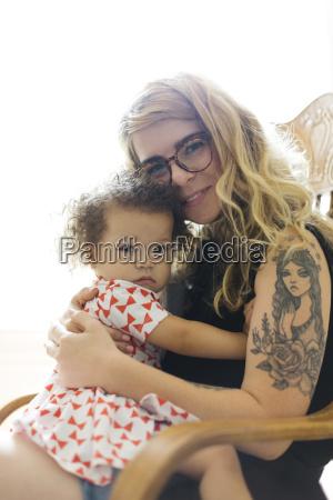 ritratto di madre e figlia 12