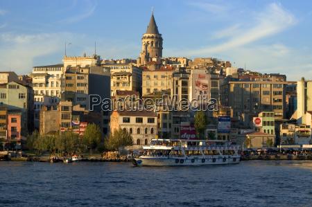 istanbul corno doro turchia di fronte