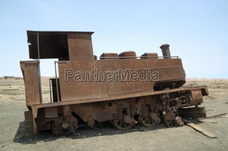 treno veicolo mezzo di trasporto citta