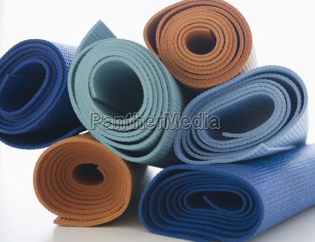 pila di tappetini per lesercizio su