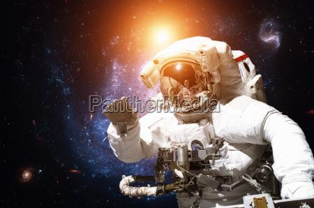 spazio universo scienza astronauta esplorazione