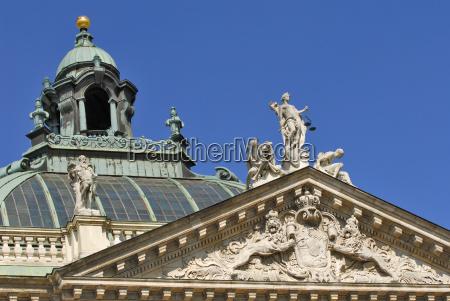 costruzione cupola baviera visita turistica germania