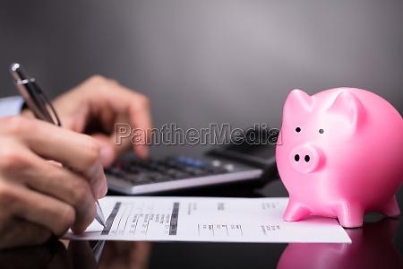 scrivere bilancio tipografia finanziario finanza tassa