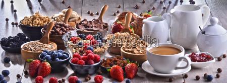 cibo grano latte dieta pasto mungere