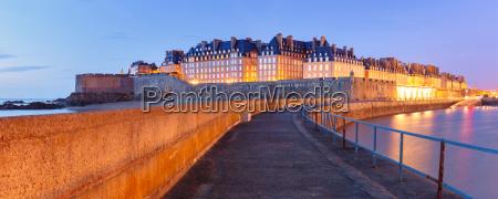viaggio viaggiare citta turismo europa francia