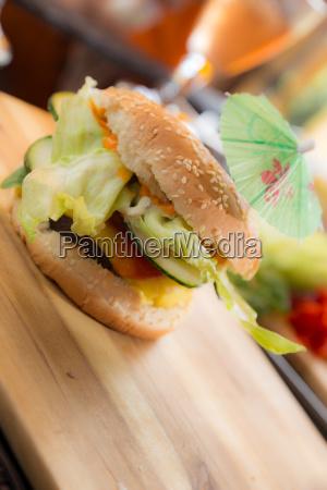 estate cetriolo ombrello hamburger polpetta cittadino