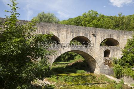 storico ponte arco vecchio ponti fiume