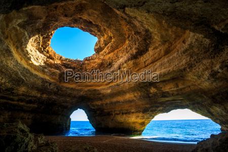 grotta giro turistico attrazione europa rocce
