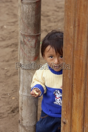 giovane ragazzo allapertolimaperu