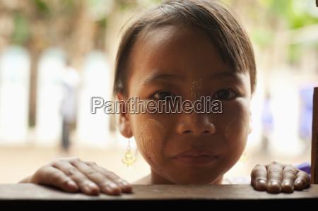 karen refugee child al campo profughi