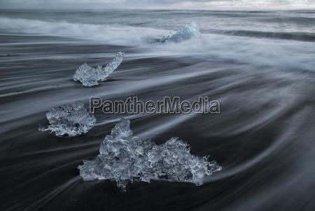 ice chunks form the ice lagoon