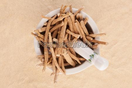 cibo radice tradizionale beige secco asciutto