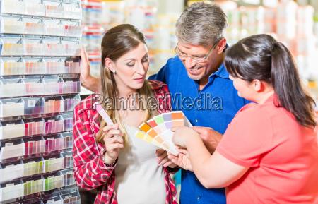 home miglioramento negozio impiegato consulenza clienti