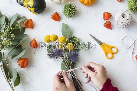 decorazione autunnale zucche ornamentali mazzo di