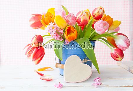 mazzo di tulipani freschi