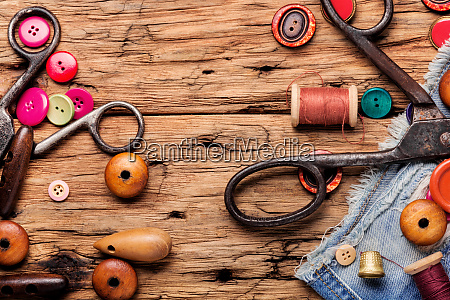 set of tailoring accessories