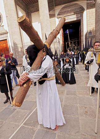 processione tradizionale della settimana santa di