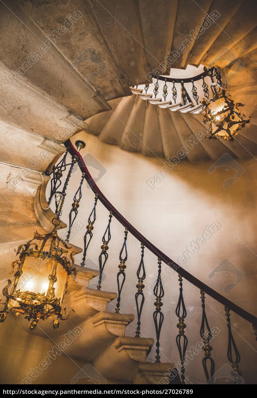 scala, a, chiocciola, e, lampadari, castello, di - 27026789