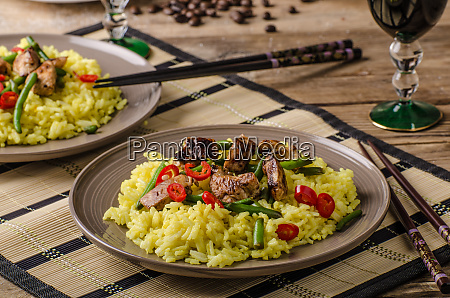 curry rice with crisp chicken meat