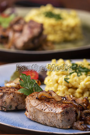 filetto di maiale arrosto e spaetzle