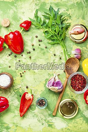pepe campana raccolta marinato sottaceto vegetale