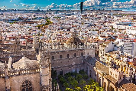 city view from giralda spire bell