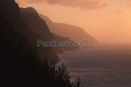 usa hawaii kauai na pali cliffs