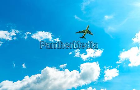 compagnia aerea commerciale che vola su