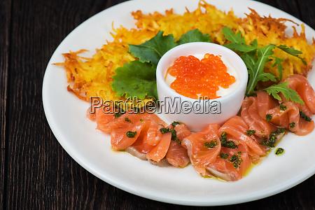 frittelle di patate salmone pesce e