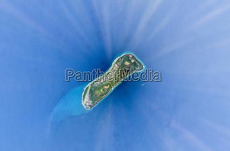 veduta aerea dellisola naturale isolata maldive