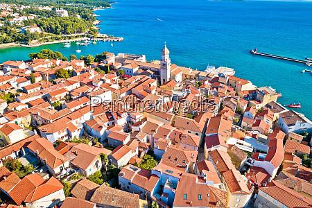 idilliaca isola adriatica di krk vista