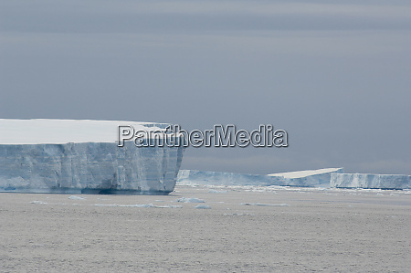antarctica antarctic penninsula antarctic sound tabular