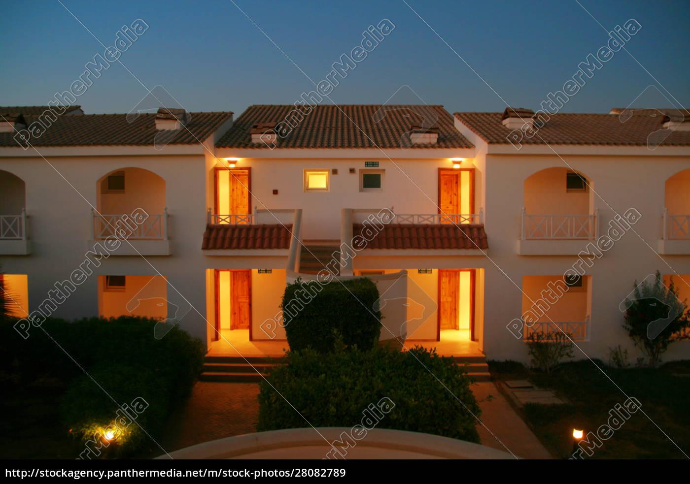 egypt, resort, hotel - 28082789