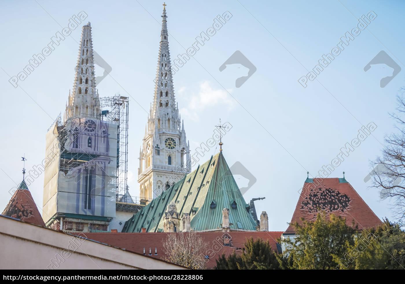 la, cattedrale, danneggiata, dal, terremoto, di - 28228806
