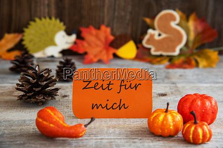etichetta con decorazione autunnale zeit fuer