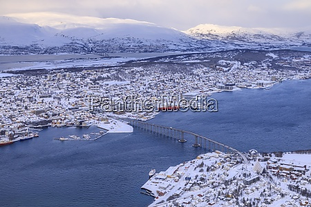tromso, tromsoya, e, fiordo, dopo, la, neve, pesante, vista - 28834276