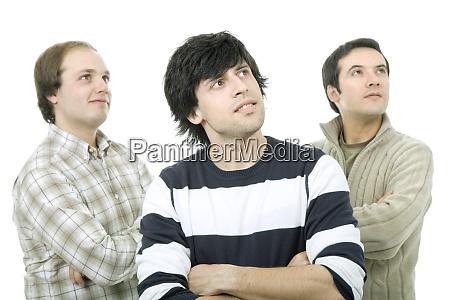 tre uomini casuali isolati su sfondo