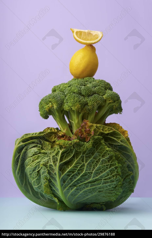 natura, morta, con, verza, broccoli, e, limone - 29876188